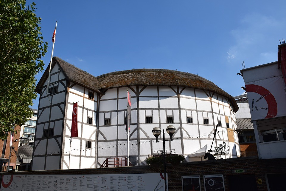 Discover Shakespeare's Globe Theatre - image of the Globe Theatre in London.