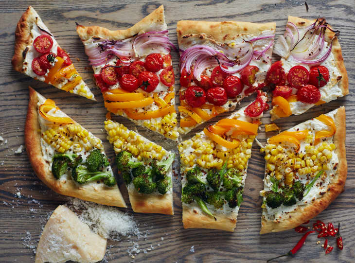 rainbow party food-rainbow vegetable pizza.
